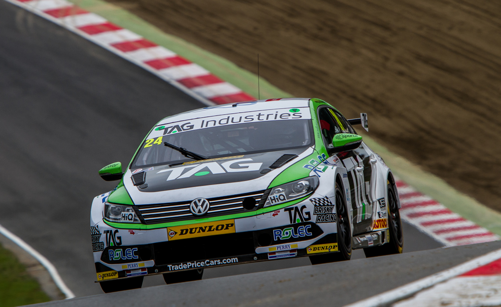 Hill takes points in Brands Hatch Finale