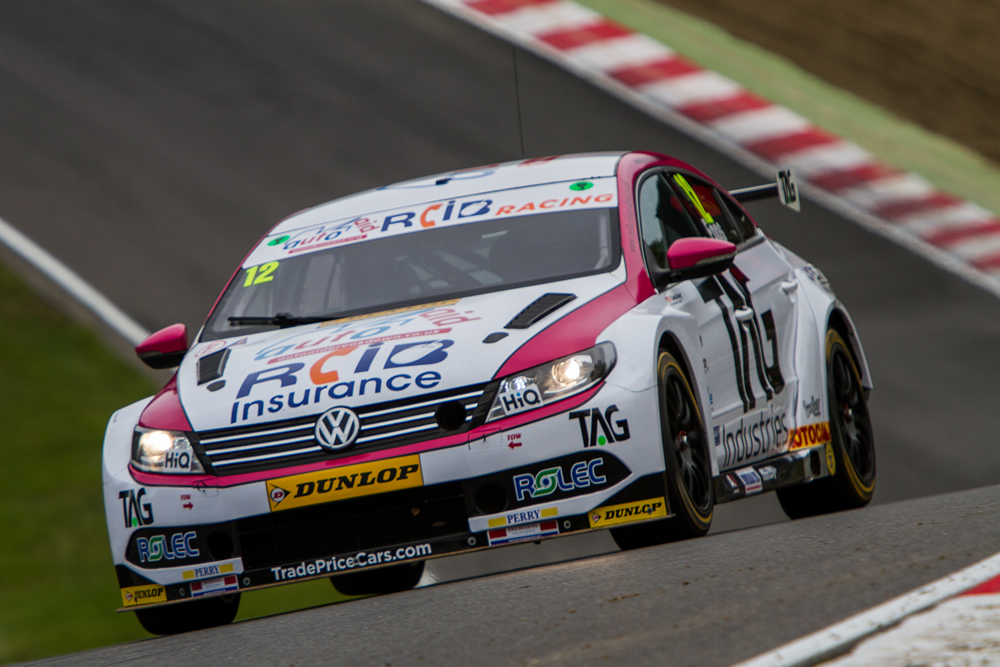 Epps Stars At Brands Hatch With Top Five Finish