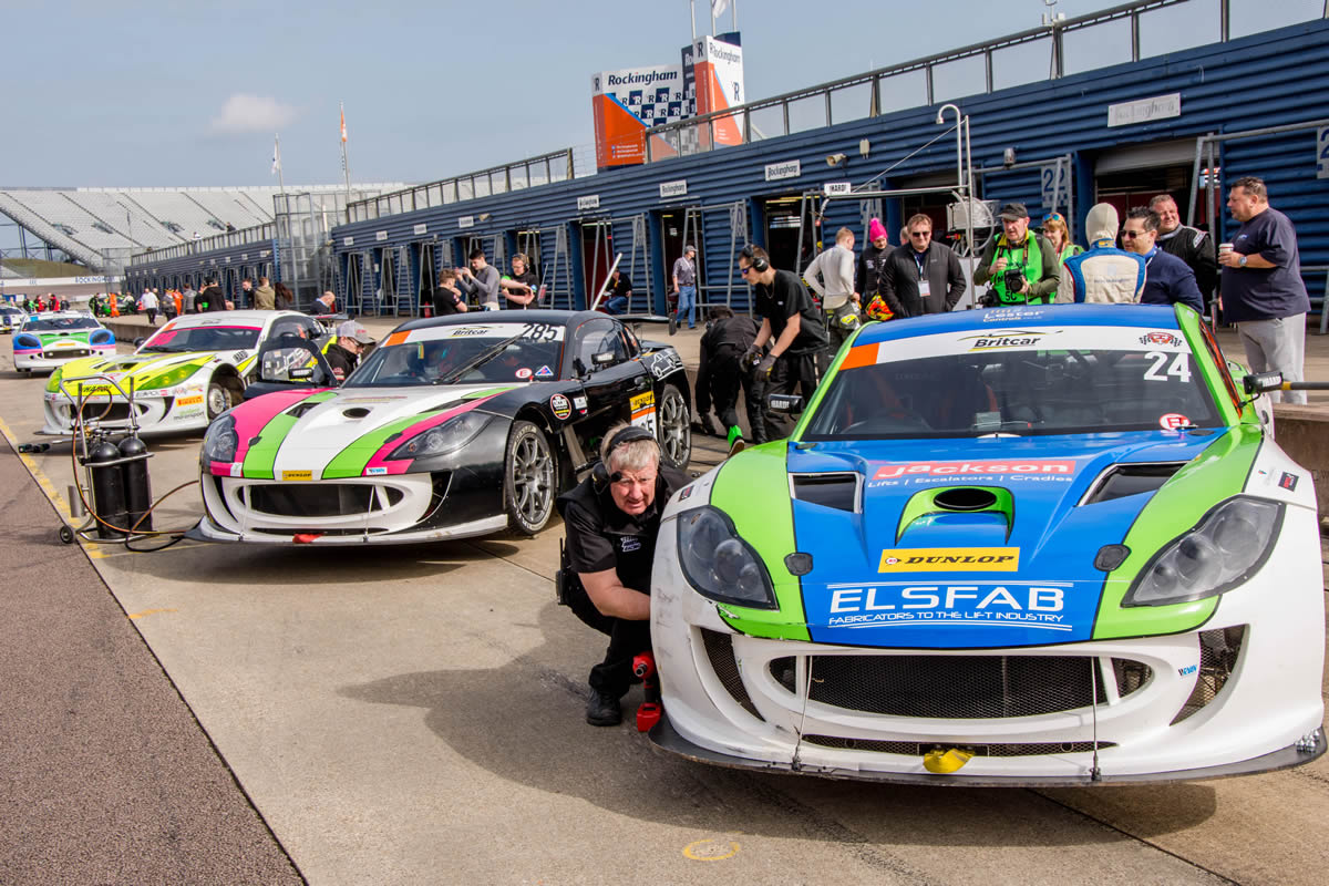 Team HARD Britcar Rockingham
