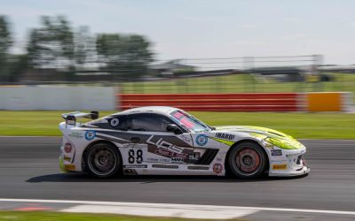 Ben Wallce British GT sILVERSTONE