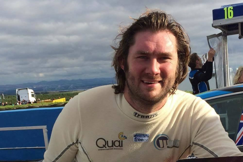Dan Welch joins Team HARD. for the Dunlop tyre test