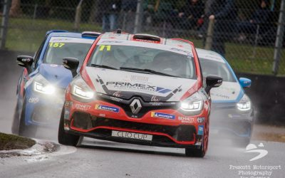 Coates stages Clio Cup comeback at Brands Hatch