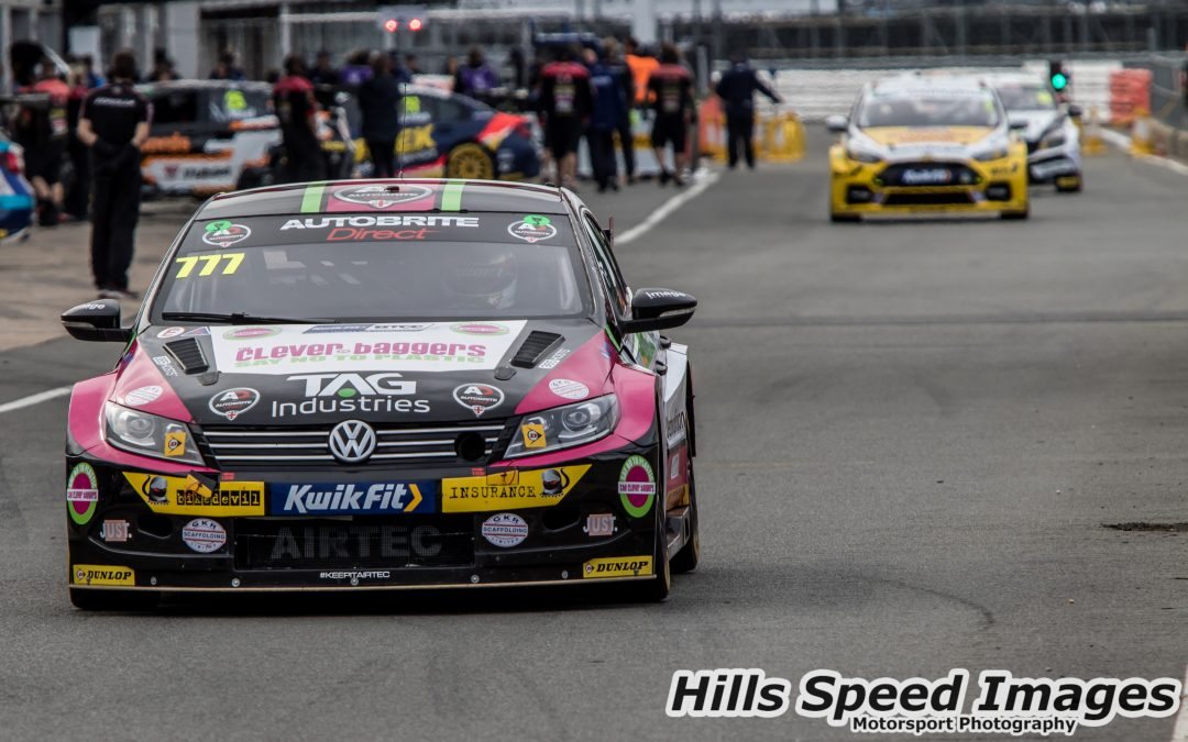 Crees Splashes His Way To Stunning Maiden BTCC Top Ten Finish
